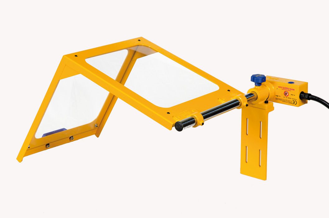 Safety Guards for Turning Machines 1IE